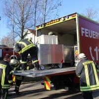31-12-2013_unterallgau_erkheim_Industriebrand_Schreinerei_silo_feuerwehr_poeppel_new-facts-eu20131231_0117