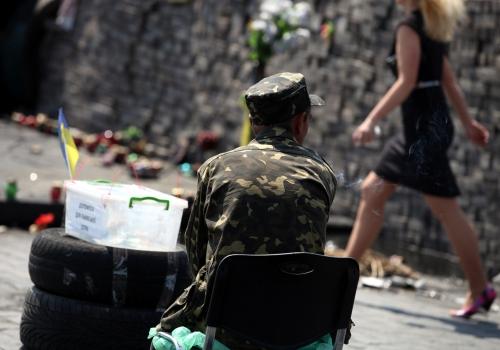 Mann in Camouflage auf dem Maidan in Kiew, über dts Nachrichtenagentur