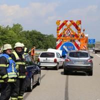 02-06-2014-a7-memmingen-unfall-pkw-sicherungsanhaenger-verletzte-feuerwehr-new-facts-eu_0001