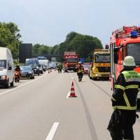 02-06-2014-a7-memmingen-unfall-pkw-sicherungsanhaenger-verletzte-feuerwehr-new-facts-eu_0003