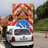 02-06-2014-a7-memmingen-unfall-pkw-sicherungsanhaenger-verletzte-feuerwehr-new-facts-eu_0004