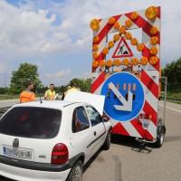 02-06-2014-a7-memmingen-unfall-pkw-sicherungsanhaenger-verletzte-feuerwehr-new-facts-eu_0008