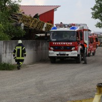 03-06-2014-unterallgaeu-gossmannshofen-brand-feuer-flexarbeiten-feuerwehr-groll-new-facts-eu20140603_0012