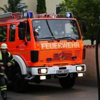 04-06-2014-memmingen-brand-baufahrzeug-transorter-feuerwehr-poeppel-new-facts-eu20140604_0007