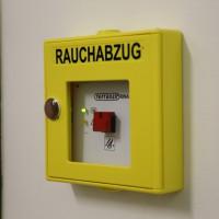 04-06-2014-ostallgaeu-unterthingau-uebung-schule-brand-feuerwehr-bringezu-new-facts-eu20140604_0005