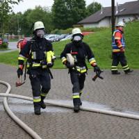 04-06-2014-ostallgaeu-unterthingau-uebung-schule-brand-feuerwehr-bringezu-new-facts-eu20140604_0028