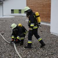 04-06-2014-ostallgaeu-unterthingau-uebung-schule-brand-feuerwehr-bringezu-new-facts-eu20140604_0055