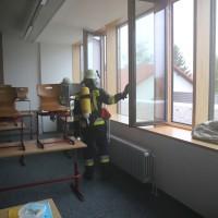 04-06-2014-ostallgaeu-unterthingau-uebung-schule-brand-feuerwehr-bringezu-new-facts-eu20140604_0058