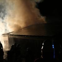 08-06-2014-unterallgaeu-mattsies-brand-schuppen-holzlager-stadel-feuerwehr-polizei-poeppel-new-facts-eu20140608_0006