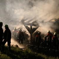 08-06-2014-unterallgaeu-mattsies-brand-schuppen-holzlager-stadel-feuerwehr-polizei-poeppel-new-facts-eu20140608_0021