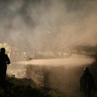 08-06-2014-unterallgaeu-mattsies-brand-schuppen-holzlager-stadel-feuerwehr-polizei-poeppel-new-facts-eu20140608_0022