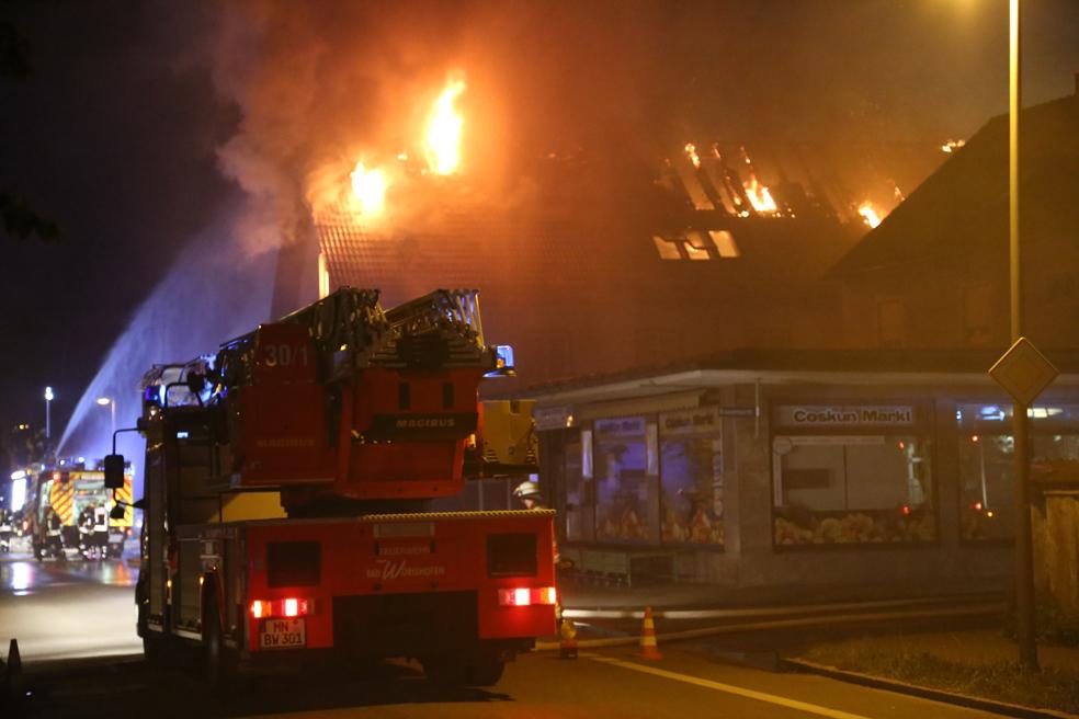 09-06-2014-unterallgaeu-mindelheim-brand-autowerkstatt-gaslager-feuerwehr-brandursache-poeppel-new-facts-eu_0079