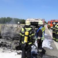 10-06-2014-a7-memmingen-pkw-brand-feuerwehr-polizei-poeppel-new-facts-eu20140610_0021