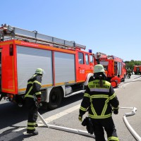10-06-2014-a7-memmingen-pkw-brand-feuerwehr-polizei-poeppel-new-facts-eu20140610_0029