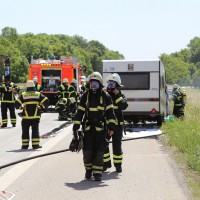 10-06-2014-a7-memmingen-pkw-brand-feuerwehr-polizei-poeppel-new-facts-eu20140610_0030