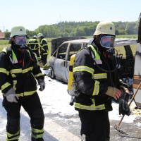 10-06-2014-a7-memmingen-pkw-brand-feuerwehr-polizei-poeppel-new-facts-eu20140610_0032