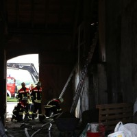 14-06-2014-unterallgaeu-boehen-heustock-ueberhitzt-feuerwehr-poeppel-new-facts-eu_0005