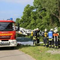 14-06-2014-unterallgaeu-boehen-heustock-ueberhitzt-feuerwehr-poeppel-new-facts-eu_0007