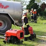 14-06-2014-unterallgaeu-boehen-heustock-ueberhitzt-feuerwehr-poeppel-new-facts-eu_0011