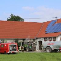 14-06-2014-unterallgaeu-boehen-heustock-ueberhitzt-feuerwehr-poeppel-new-facts-eu_0026