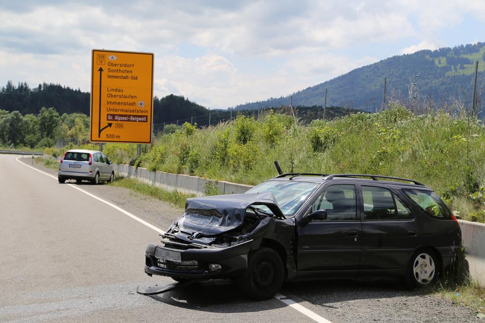 15-06-2014-b19-immenstadt-stein-unfall-schwerverletzt-poeppel_new-facts-eu_001