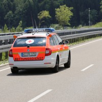 15-06-2014-b19-immenstadt-stein-unfall-schwerverletzt-poeppel_new-facts-eu_003