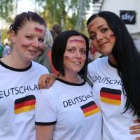 16-06-2014-memmingen public-viewing-brd-deutschland-portugal-poeppel-new-facts-eu20140616_0047