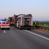 25-06-2014-a7-berkheim-unfall-lkw-pke-feuerwehr-new-facts-eu_003