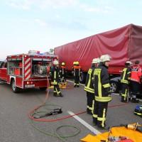25-06-2014-a7-berkheim-unfall-lkw-pke-feuerwehr-new-facts-eu_006