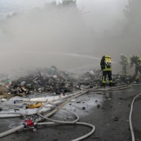 28-06-2014-ravensburg-brand-entsorgungsbetrieb-feuerwehr-new-facts-eu (16)