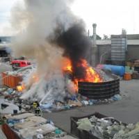 28-06-2014-ravensburg-brand-entsorgungsbetrieb-feuerwehr-new-facts-eu (2)
