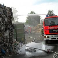 28-06-2014-ravensburg-brand-entsorgungsbetrieb-feuerwehr-new-facts-eu (9)