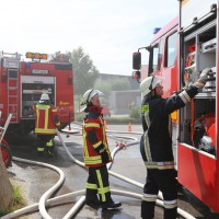 28-06-2014-unterallgaeu-groenenbach-heustock-bauernhof-feuerwehr-poeppel-new-facts-eu20140628_0002