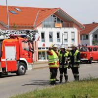28-06-2014-unterallgaeu-groenenbach-heustock-bauernhof-feuerwehr-poeppel-new-facts-eu20140628_0027