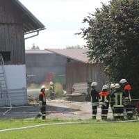 28-06-2014-unterallgaeu-groenenbach-heustock-bauernhof-feuerwehr-poeppel-new-facts-eu20140628_0036