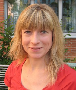 Frau Amelie Brenner-Rummeling hat im November 2013 eine Ausbildung zur Mediatorin abgeschlossen und bietet dies nun im Rahmen ihrer Tätigkeit als Mitarbeiterin der Fachstelle Sozialdienst an.