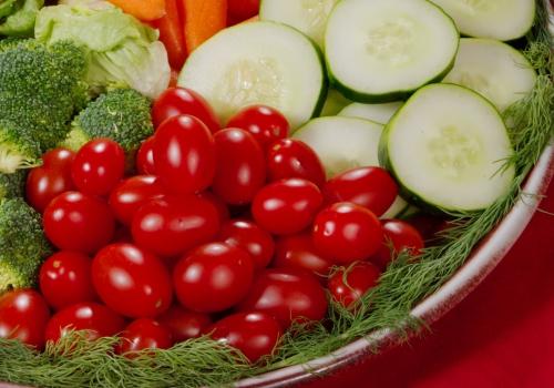 Tomaten und Gurken, über dts Nachrichtenagentur