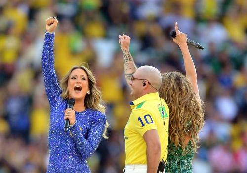 Claudia Leitte, Rapper Pitbull und Jennifer Lopez bei der WM-Eröffnungsfeier am 12.06.2014, Marcello Casal Jr/Agência Brasil, Lizenztext: dts-news.de/cc-by