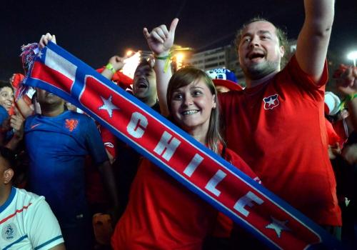 Fans aus Chile bei der Fußball-WM 2014 in Brasilien, Fernando Frazão/Agência Brasil, Lizenztext: dts-news.de/cc-by