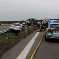 02-07-2014-a7-nersingen-unfall-lkw-verletzte-pkw-feuerwehr-zwiebler-new-facts-eu20140702_0002