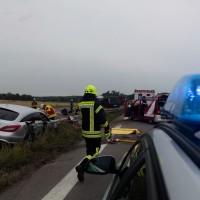 02-07-2014-a7-nersingen-unfall-lkw-verletzte-pkw-feuerwehr-zwiebler-new-facts-eu20140702_0006