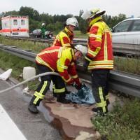 02-07-2014-a7-nersingen-unfall-lkw-verletzte-pkw-feuerwehr-zwiebler-new-facts-eu20140702_0012