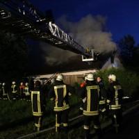 03-07-2014-unterallgaeu-babenhausen-brand-dachgeschoss-feuerwehr-poppel-new-facts-eu20140703_0027