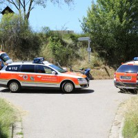 03-07-2014-unterallgaeu-groenenbach-pkw-radfahrer-lebensgefahr-unfall-rettungshubschrauber-notarzt-polizei-poppel-new-facts-eu20140703_0005