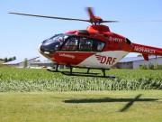 03-07-2014-unterallgaeu-groenenbach-pkw-radfahrer-lebensgefahr-unfall-rettungshubschrauber-notarzt-polizei-poppel-new-facts-eu20140703_0007