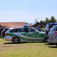 03-07-2014-unterallgaeu-groenenbach-pkw-radfahrer-lebensgefahr-unfall-rettungshubschrauber-notarzt-polizei-poppel-new-facts-eu20140703_0010