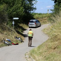 03-07-2014-unterallgaeu-groenenbach-pkw-radfahrer-lebensgefahr-unfall-rettungshubschrauber-notarzt-polizei-poppel-new-facts-eu20140703_0016