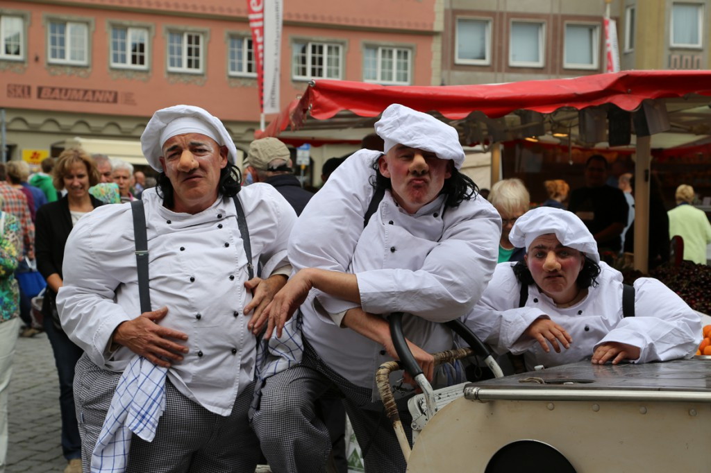 05-07-2014-memmingen-strassenkuenstler-memminger-meile-poeppel-new-facts-eu20140705_0006