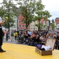05-07-2014-memmingen-strassenkuenstler-memminger-meile-poeppel-new-facts-eu20140705_0025