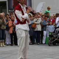05-07-2014-memmingen-strassenkuenstler-memminger-meile-poeppel-new-facts-eu20140705_0049